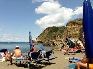 spiaggia ciraccio procida