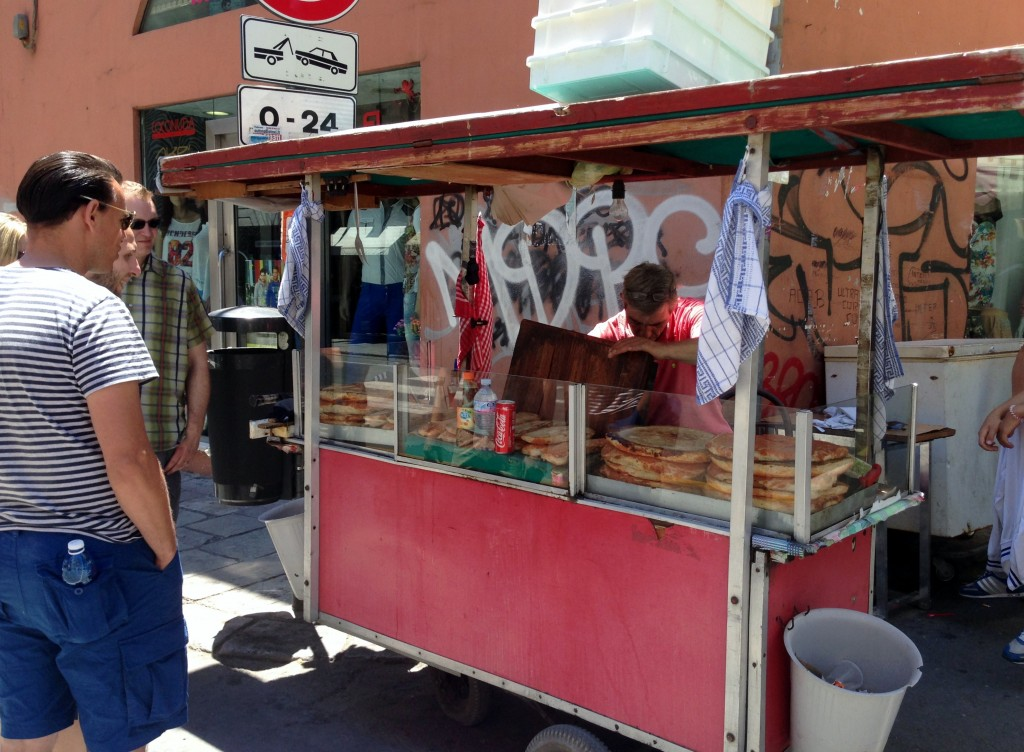 sfincione vendor, Palermo street food tour