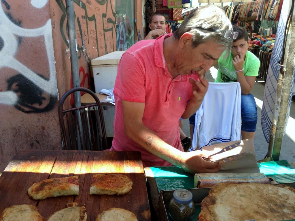 sfincione vendor Palermo, Sicily