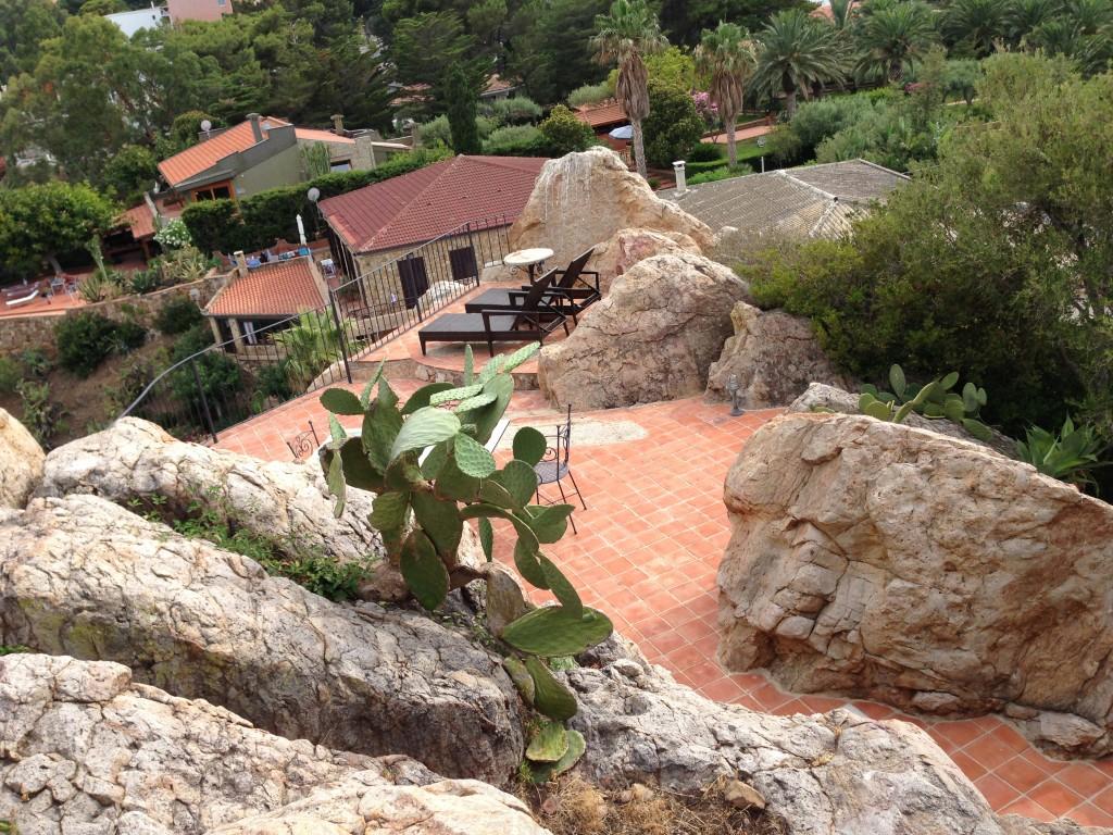 sunbaking deck Il Gabbiano villa Cefalu