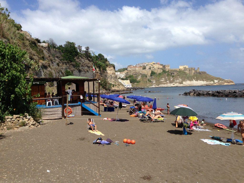 Procida 1 beach bar