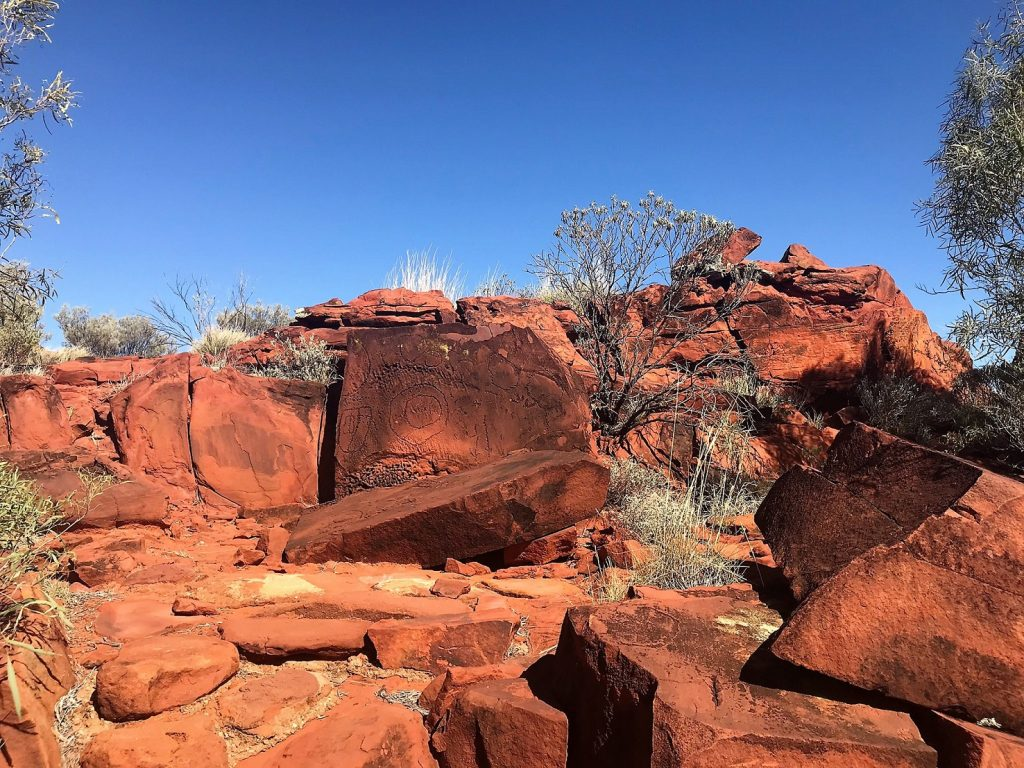 Ewaninga rock carvings Alice Springs